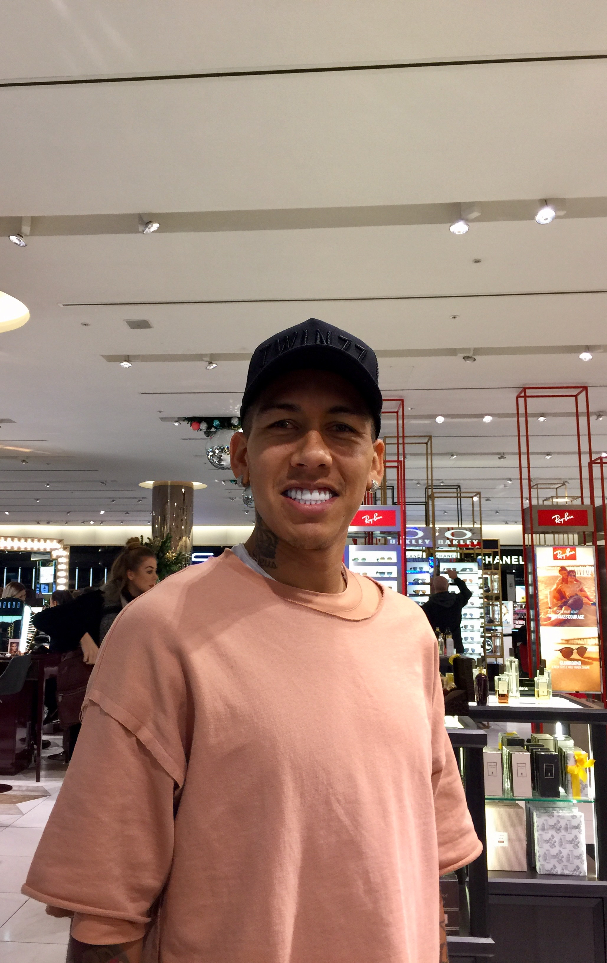 Ran into Firmino in Manchester Selfridges on Saturday morning,  thanked him for lopping off the topknot and begged him to score against the Blues on Monday, he said he would. We have his word!