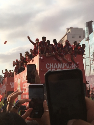 Liverpool FC coach Parade picture
